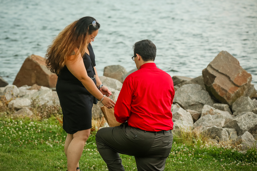 founders-park-old-town-alexandria-surprise-proposal