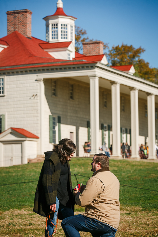 Mount-Vernon-Surprise-Proposal-Photographer