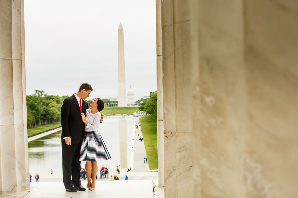 Lincoln-Memorial-Surprise-Proposal-Photographer