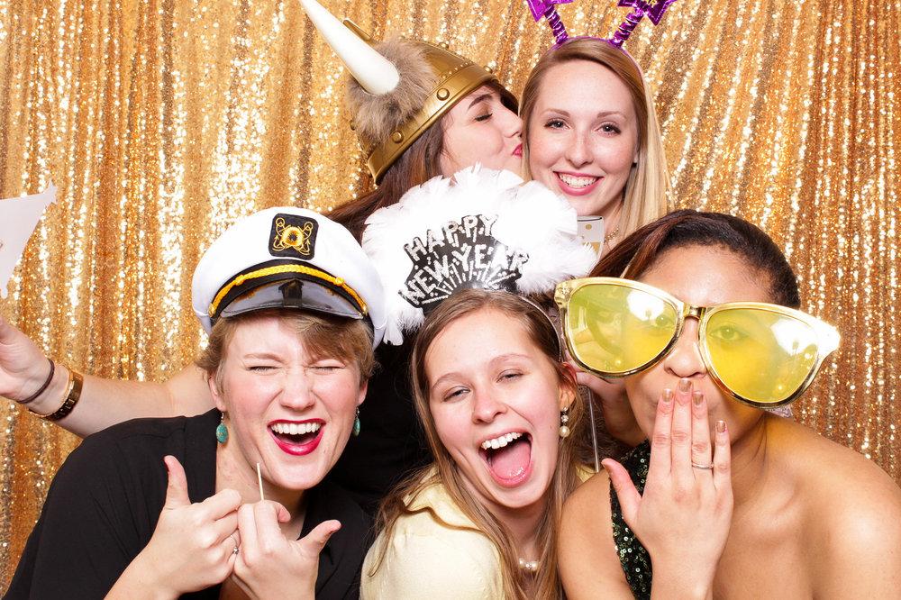 washington-dc-photobooth-rental-for-weddings