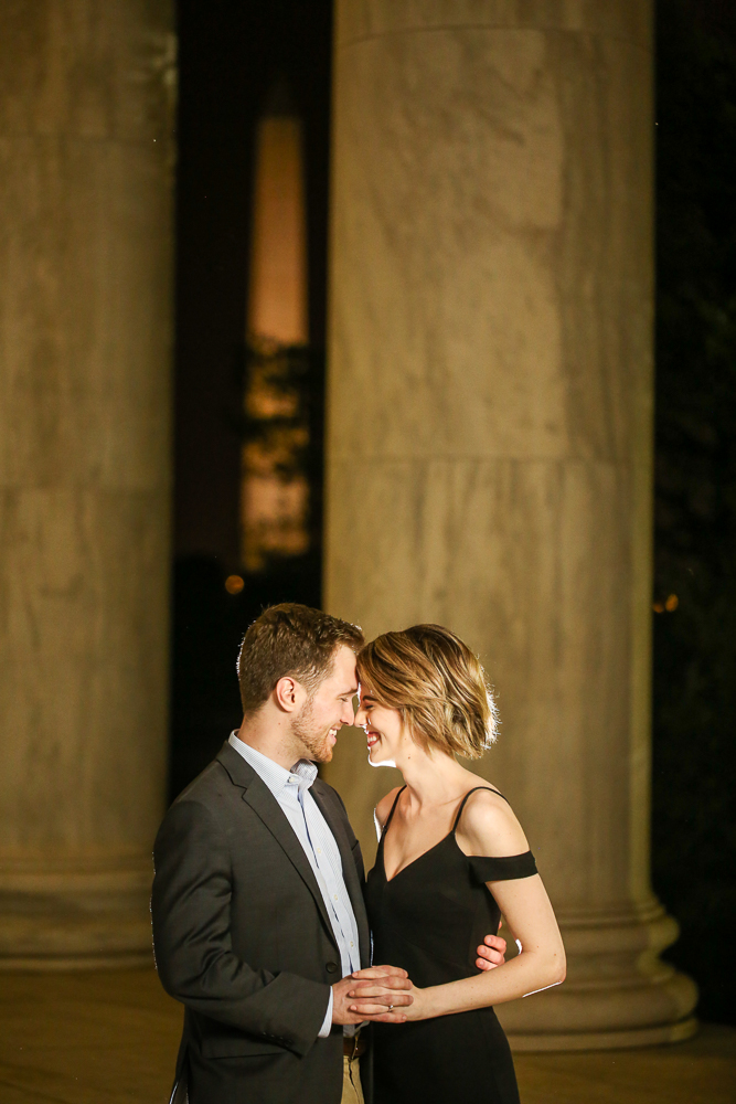 Jefferson-Memorial-Late-Night-Surprise-Proposal (5 of 20).jpg