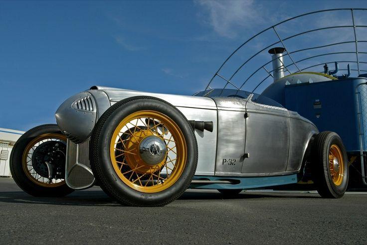 Chip Foose & 1932 Ford P-32