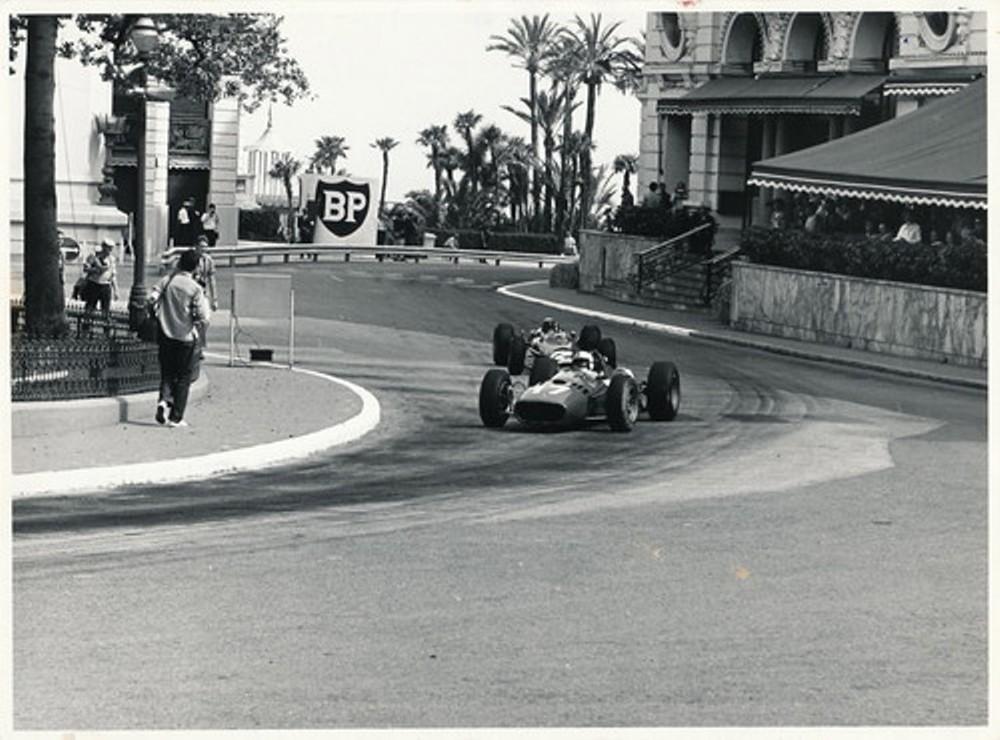 Monaco 1966 SURTEES FERRARI 312.jpg