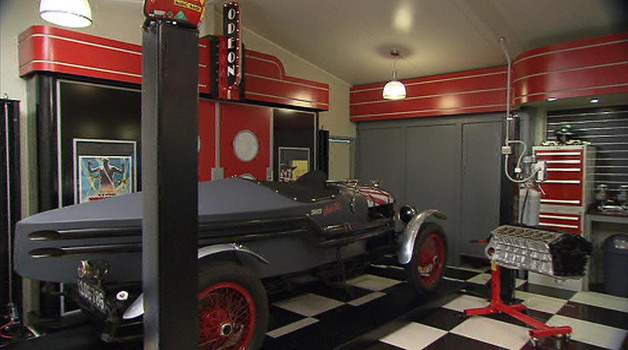 Custom Made Designer Garage Interiors Perth And Australia Wide