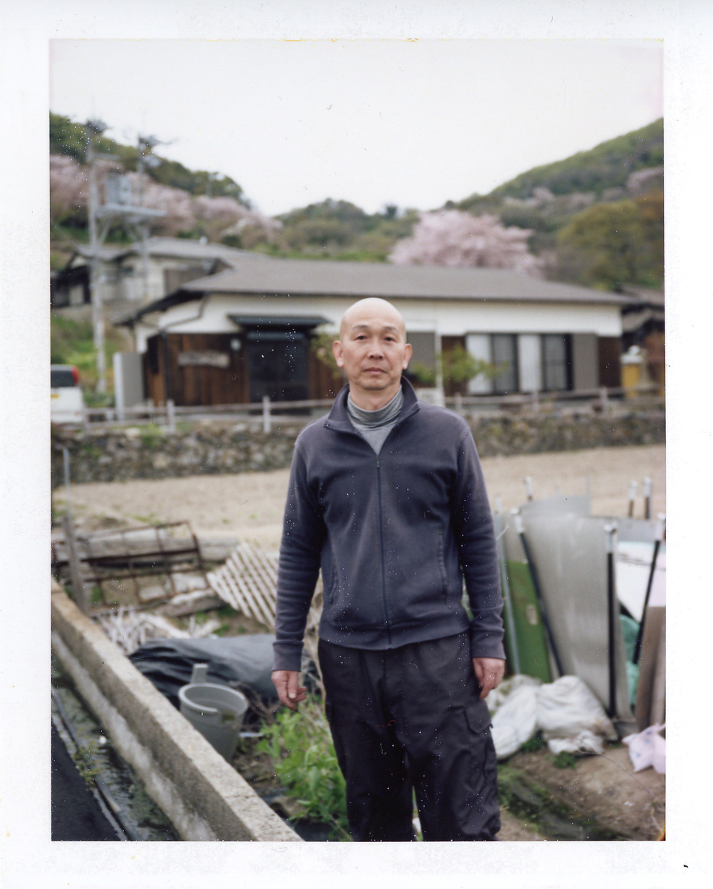 女木島で日本料理屋を『鬼旬』を営む、松内さん。この方の支えなくては、今回の女木島での食の集いは実現しませんでした。