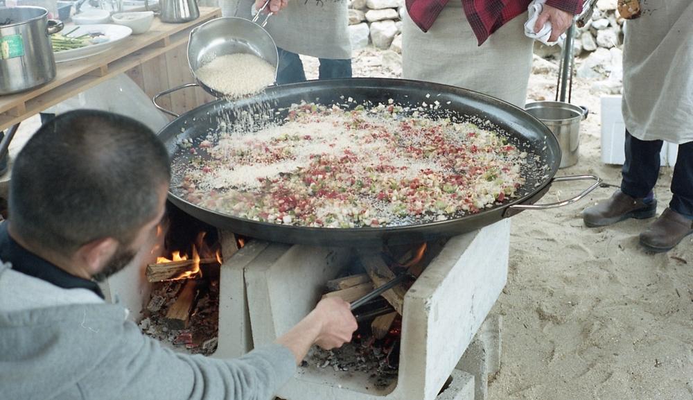 パエリアに使用したお米は、香川の有機米。パエリアとの相性は抜群でした。