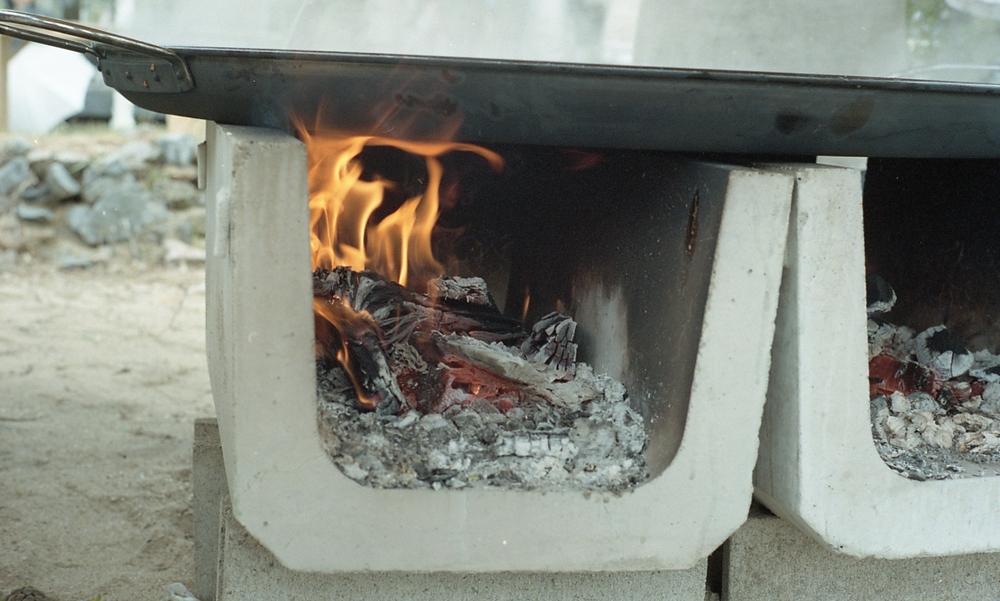 Jeromeは今回、Chez Panisseと同じ薪木での火にこだわり料理しました。
