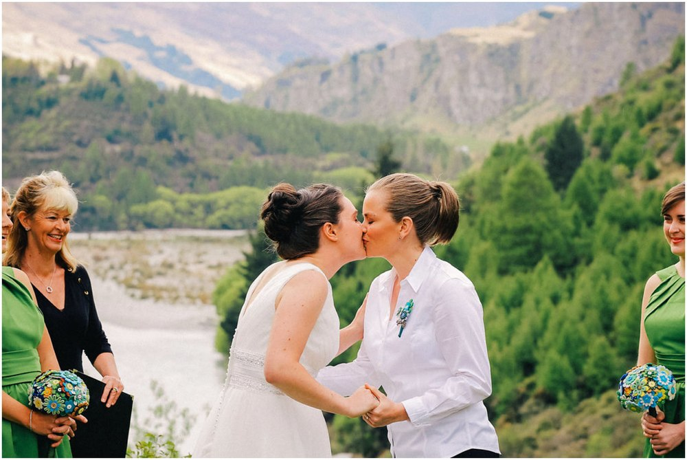 same sex wedding queenstown first kiss