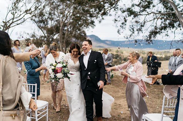 All smiles at Candice and Andrew's big day! 💘⠀ .⠀ 🏡: @dryridgeestate⠀ 💌: @kirstenegancelebrant⠀ 🥂: @artkitchen_food⠀ .⠀⠀ .⠀⠀ .⠀⠀ .⠀⠀ .⠀⠀ .⠀⠀ #sydneyweddingphotographer #sydneyweddingphotography #journalisticweddingphotography #documentarystyleweddingphotography #documentarystyleweddingphotographer #naturalweddingphotography #naturalweddingphotographer #weddingmoments #junebugwedding #sydneyweddings #heyheyhellomay  #australianwedding #sydneyweddingvendor #bridestory #weddinginspo #sydneybride #brideandgroom #photobugcommunity #absoluteweddings  #theknot #lifeofadventure #freepeoplewedding #weddingphotomag #radlovestories #studiosomething