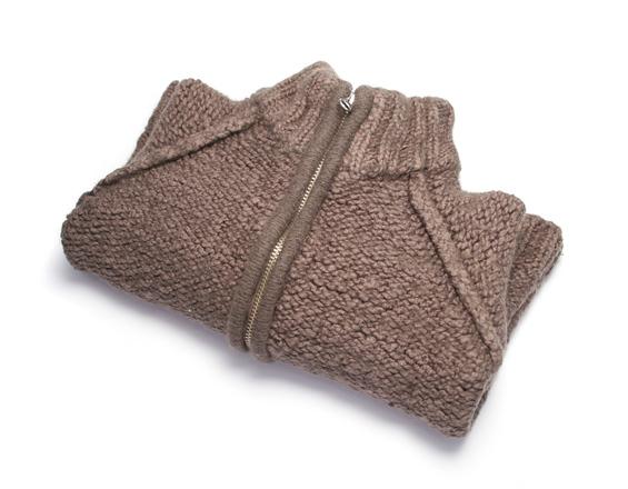 sweater-1421762.jpg