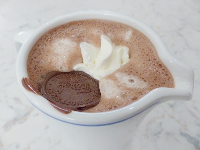 hot-chocolate-122744_640-jp-linguistics-cioccolata-calda.jpg