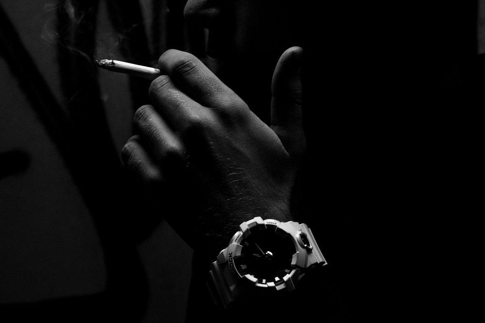 cigarette-2998071_1920.jpg