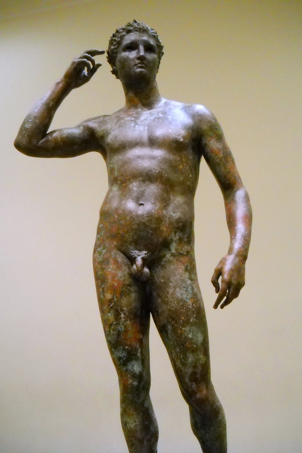 Greek_Victorious_Youth_Athlete_(5)_-_Getty_Villa_Collection.jpg