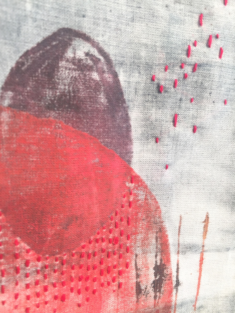 Eclipse, 2016. Monoprint on fabric, thread.