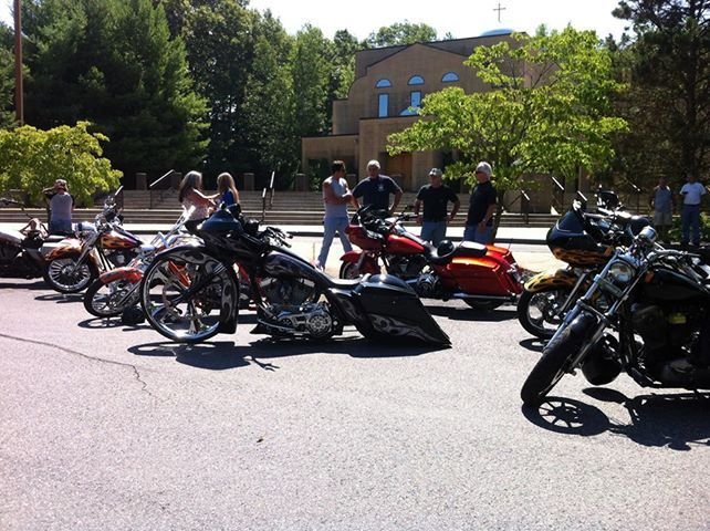 Dave Perewitz brought a couple of very cool machines to the ride!