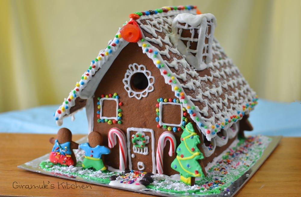 Gingerbread-house-class3.jpg