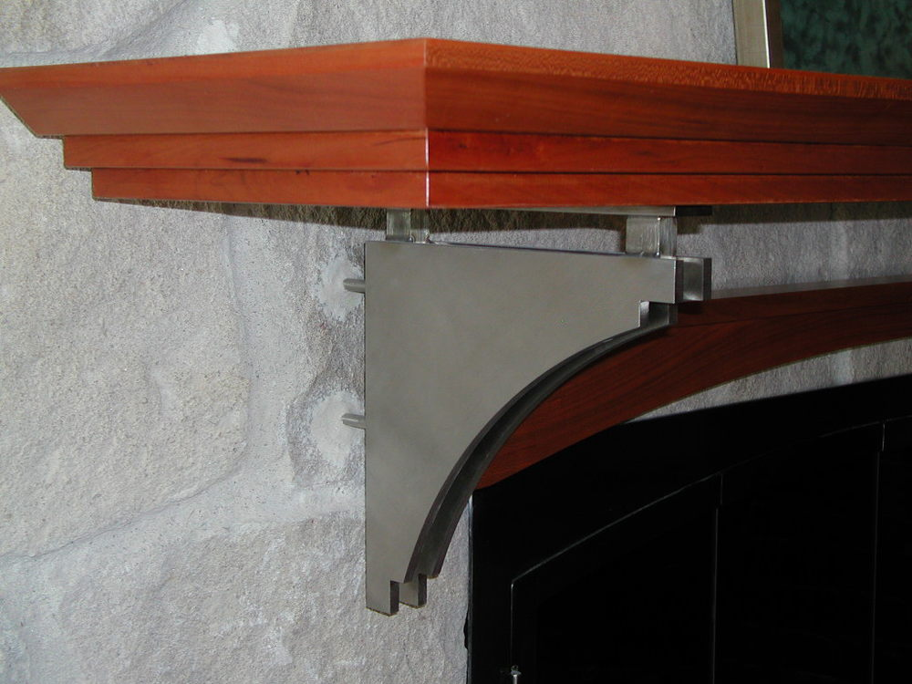Mantle Detail.JPG
