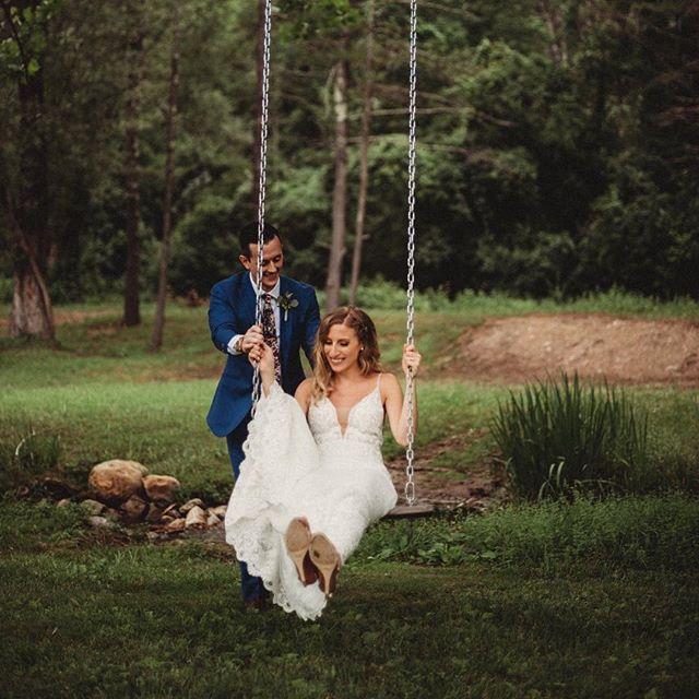 Swinging into the weekend like... . . . . . . Photo by:@celiakphoto . . .  #vermont #Manchester #manchestervt #manchestervermont #vermontweddingbarn #weddingbarnvt #vtweddingbarn #weddingbarnvermont #vermontwedding #vermontbride #vermontwedding #vermontvenue #vtweddingvenue #weddingvenuevt #weddingwire #weddingbarn #lodging #vtweddingbarn #riverroadfarm #riverroadfarmvt #weddingvenue #mvt #eventbarn #vtbride #vtwedding #luxewedding #vtlodging #airbnb #vrbo #getawayhome #getawayhouse