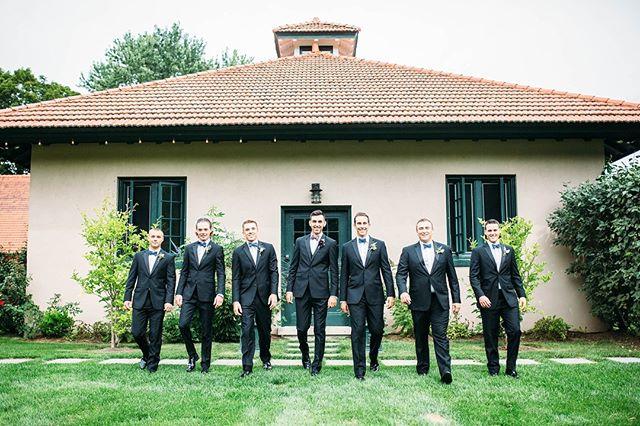 Got that Friday Feeling! . . . . . Photo by: @amandaptaft Venue: @riverroadfarmvt . . . #vermont #Manchester #manchestervt #manchestervermont #vermontweddingbarn #weddingbarnvt #vtweddingbarn #weddingbarnvermont #vermontwedding #vermontbride #vermontwedding #vermontvenue #vtweddingvenue #weddingvenuevt #weddingwire #weddingbarn #lodging #vtweddingbarn #riverroadfarm #riverroadfarmvt #weddingvenue #mvt #eventbarn #vtbride #vtwedding #luxewedding #vtlodging #airbnb #vrbo #getawayhome #getawayhouse
