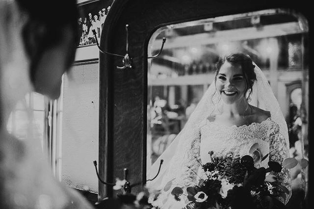 Smile its almost time! #weddingseason . . . . . Bride: @jaquelewicki Photo:  @amandaptaft  Venue:  @riverroadfarmvt . . . . . #vermont #Manchester #manchestervt #manchestervermont #vermontweddingbarn #weddingbarnvt #vtweddingbarn #weddingbarnvermont #vermontwedding #vermontbride #vermontwedding #vermontvenue #vtweddingvenue #weddingvenuevt #weddingwire #weddingbarn #lodging #vtweddingbarn #riverroadfarm #riverroadfarmvt #weddingvenue #mvt #eventbarn #vtbride #vtwedding #luxewedding #vtlodging #airbnb  #getawayhome