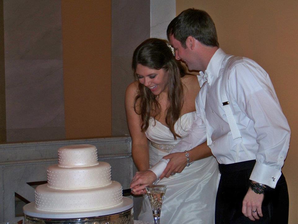 cake cut.jpg