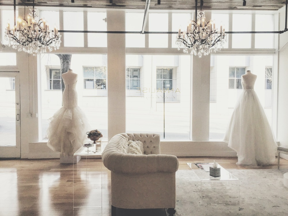 annalisebridalfrontwindows