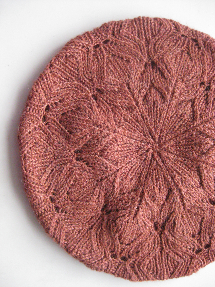 Free Knitted Flowers Patterns : Vogue Knitting Fall 2009 - #13 Lace Beret
