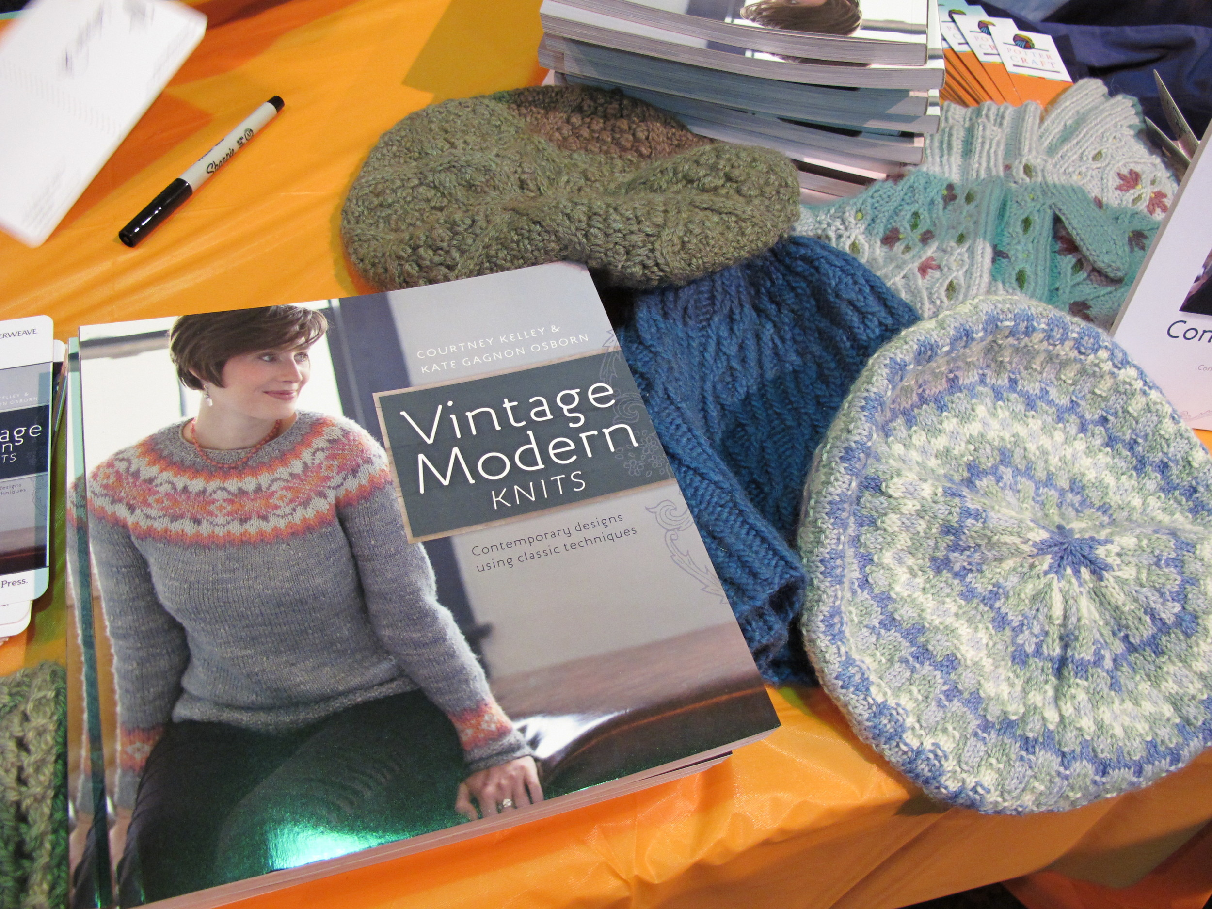 Knitting In The City Vk : A moebius cowl vk live meg swanson the farm