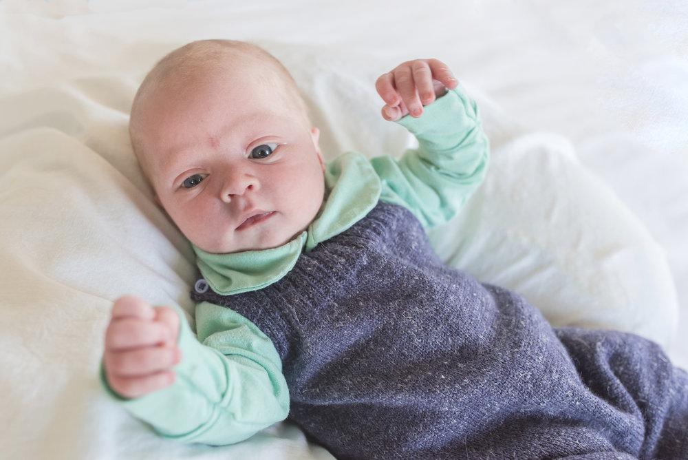 BabyVito_3wks-32web.jpg