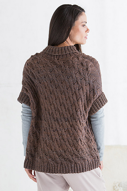 Cambridge_Poncho_04_medium2.jpg