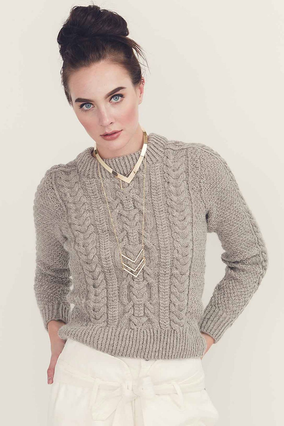 Eira Pullover by Linda Marveng