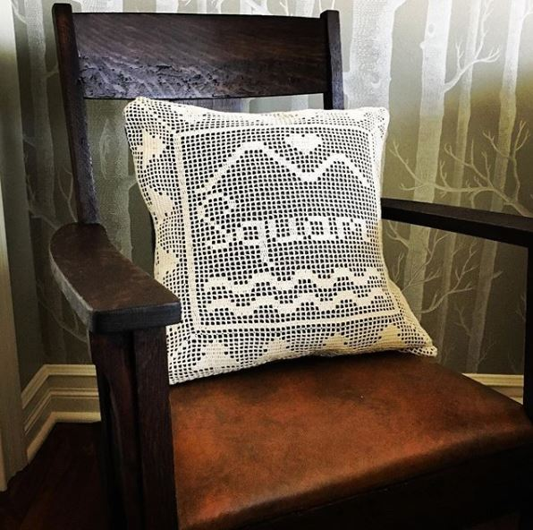 Squam filet crochet pillow.JPG
