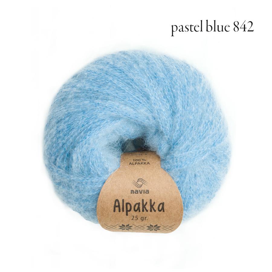 Navia Alpakka pastel blue 842.jpg