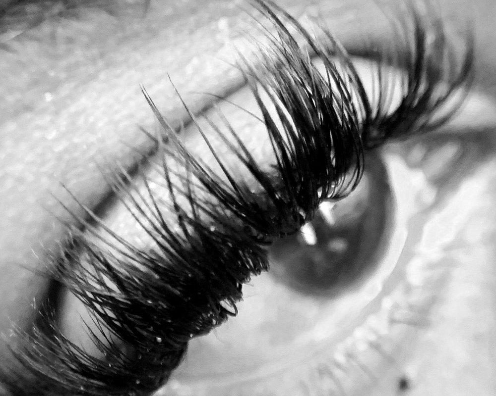 caronism.lashes.jpg