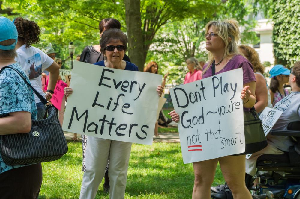 Peter Singer Protest-1636.jpg