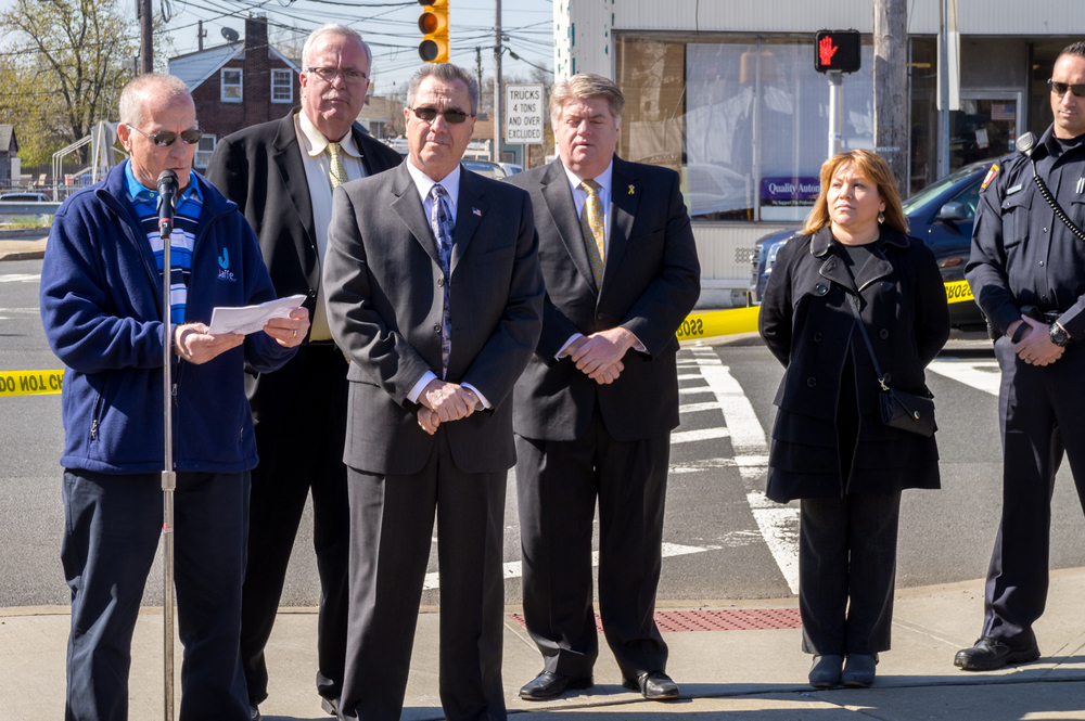 Audio Crosswalk Ribbon Cutting-10.jpg