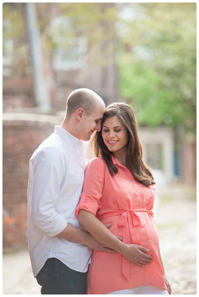Maternity Session in Old Town Alexandria Virginia_0022.jpg