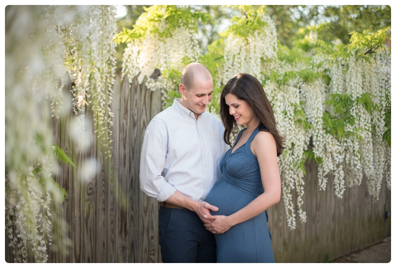 Maternity Session in Old Town Alexandria Virginia_0032.jpg