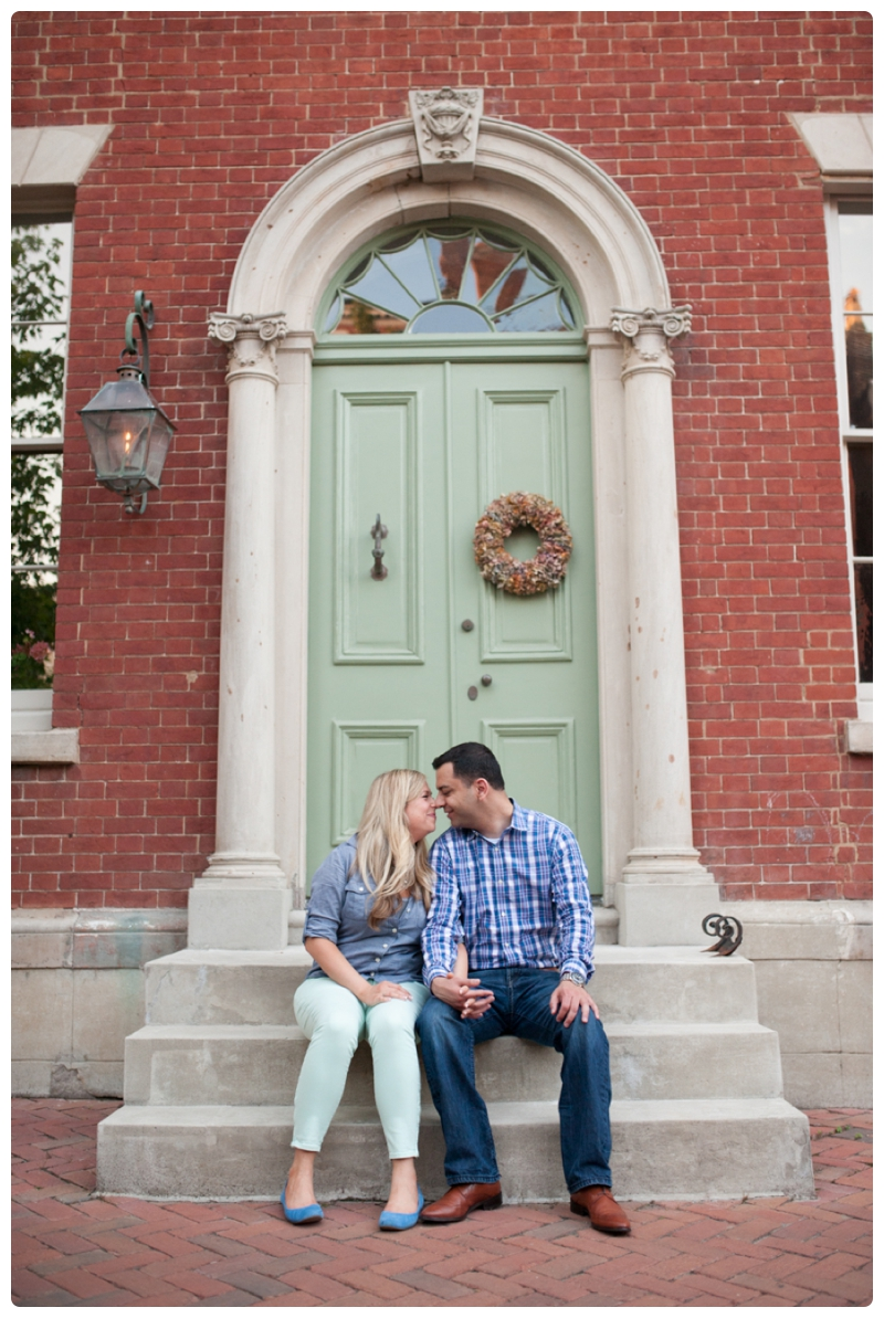 Engagement Session in Old Town Alexandria by www.rachaelfosterphoto.com_0027.jpg