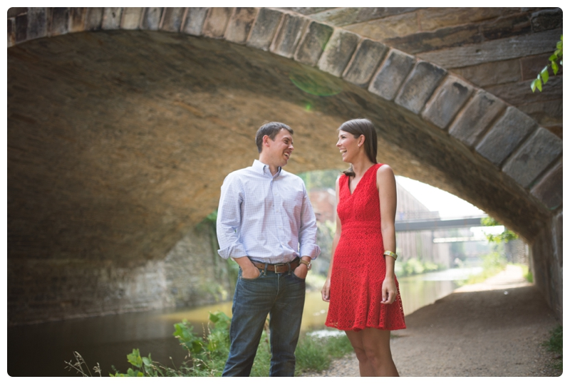 Engagement Photos in Georgetown, Washington, DC by www.rachaelfosterphoto.com_0004.jpg