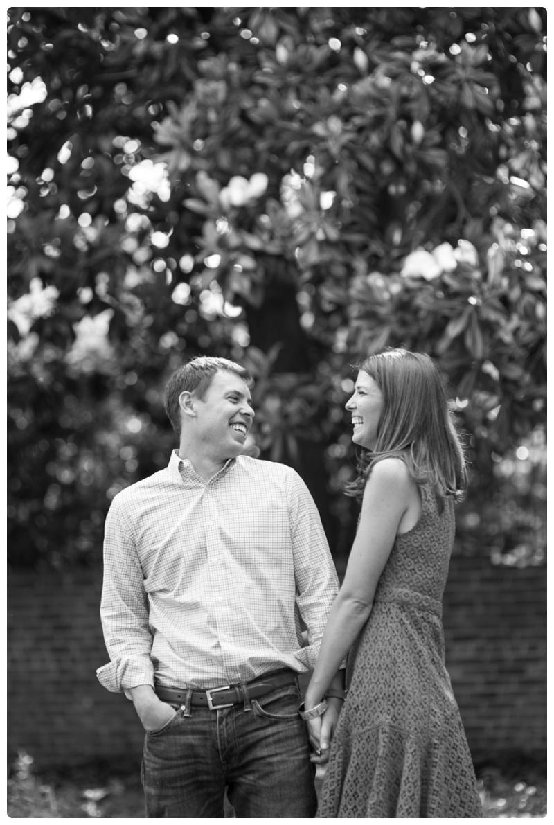 Engagement Photos in Georgetown, Washington, DC by www.rachaelfosterphoto.com_0015.jpg