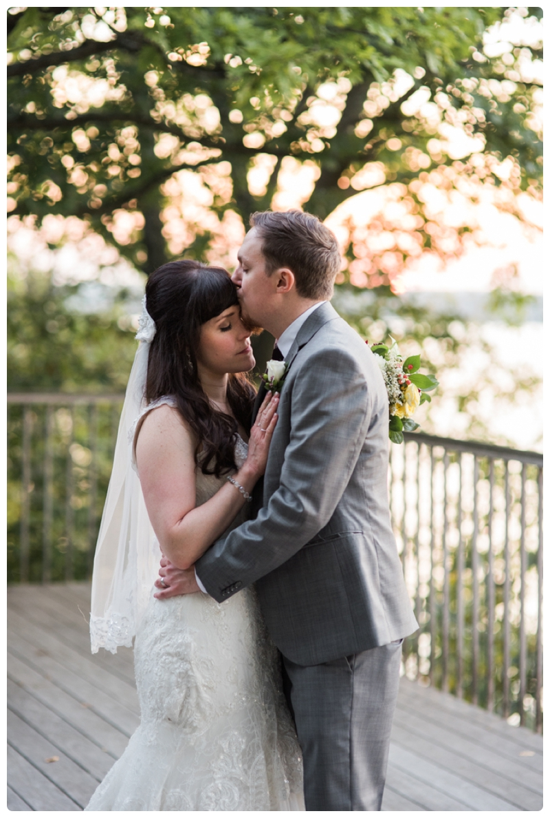 Backyard forest wedding in the Chicago suburbs by Rachael Foster Photography_0058.jpg