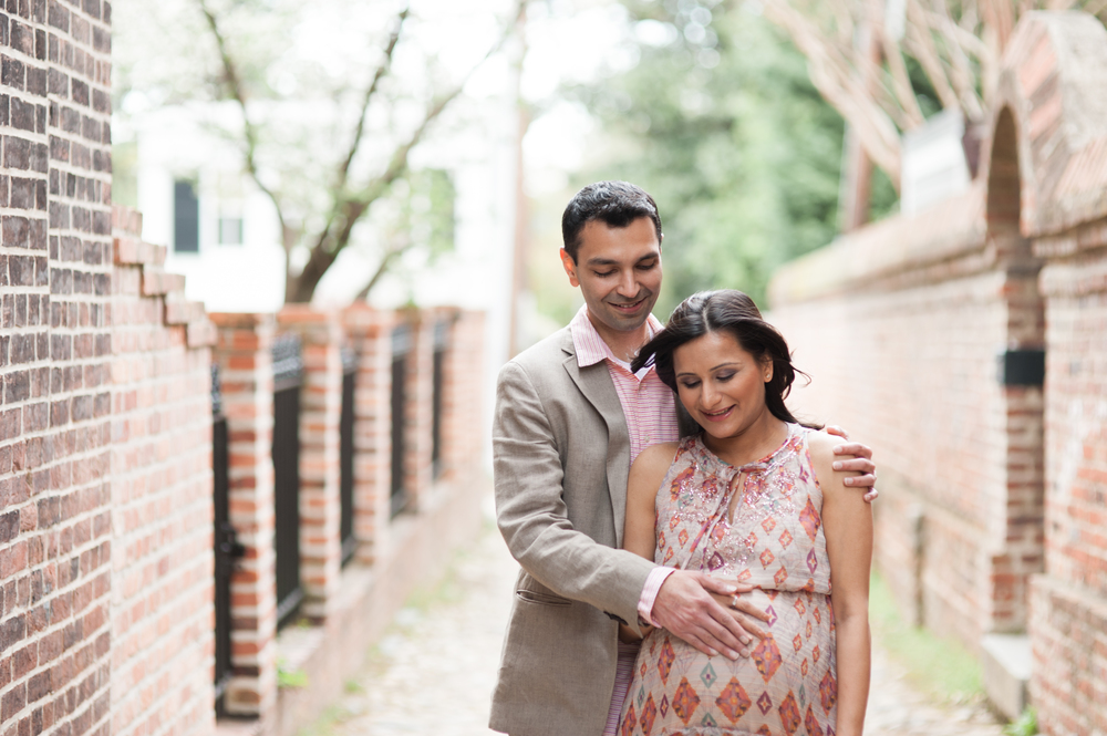 Maternity Portrait Session in Alexandria Virginia by Rachael Foster Photography (1 of 6).jpg