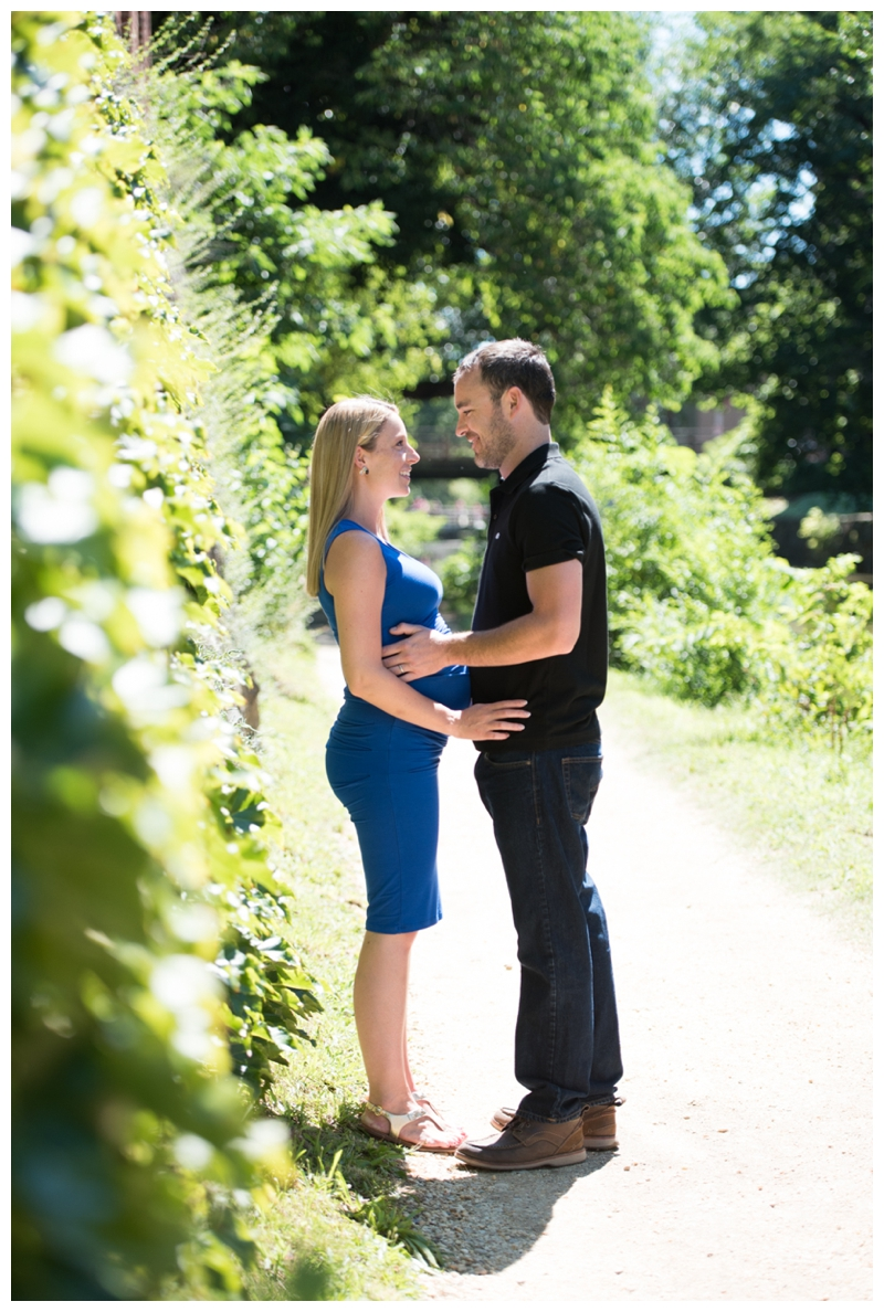 Maternity Session in Georgetown, Washington, DC by Rachael Foster Photography_0002.jpg