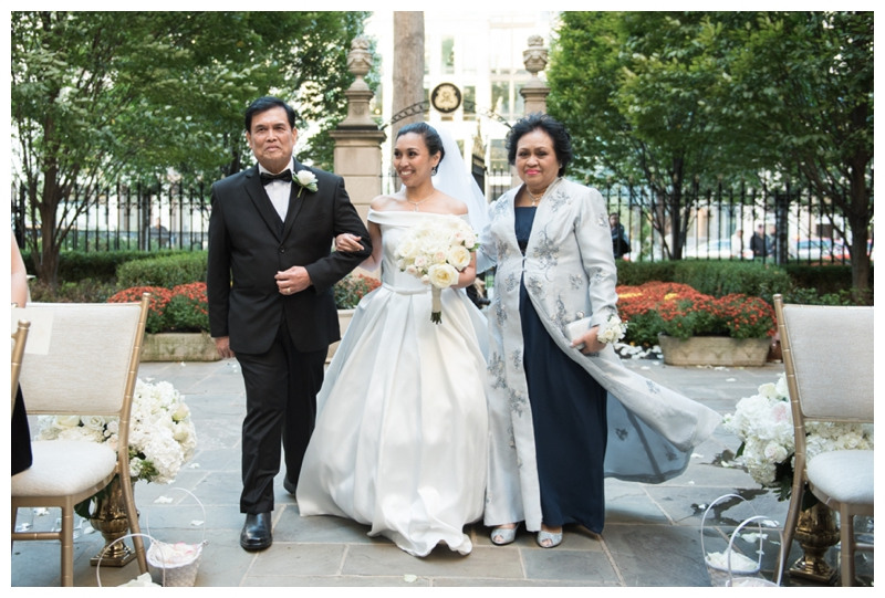Wedding in Washington DC at the St Regis Hotel by Rachael Foster Photography_0038.jpg
