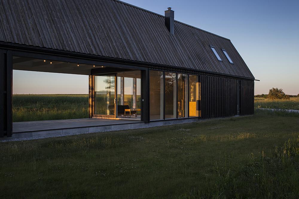 gotland-summer-house-by-deve-3.jpg