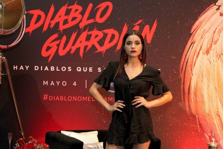 Paulina Gaitan es la musa Violetta de Diablo Guardián