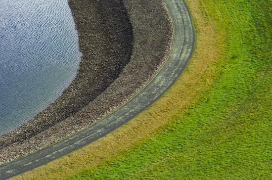 Reservoir at Te Marua lookout (Nikon D2H + 105mm f2.5 AIS)