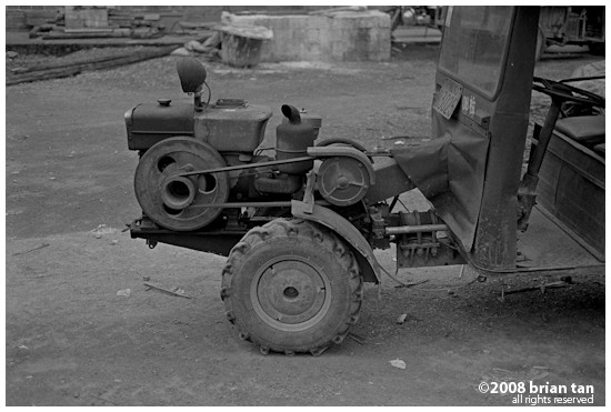 Tractor carrier with exposed engine, very common in this part of rural China