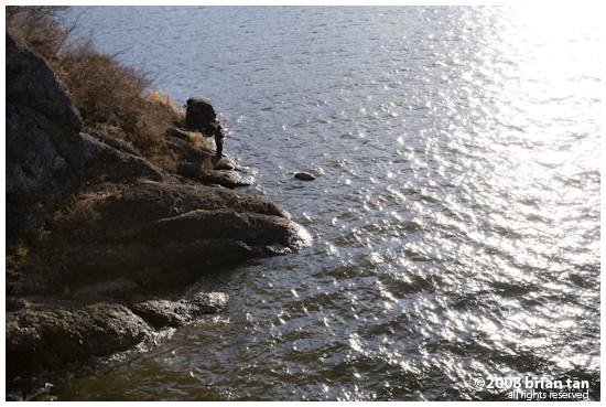 Fishing at the banks of Kawaguchiko